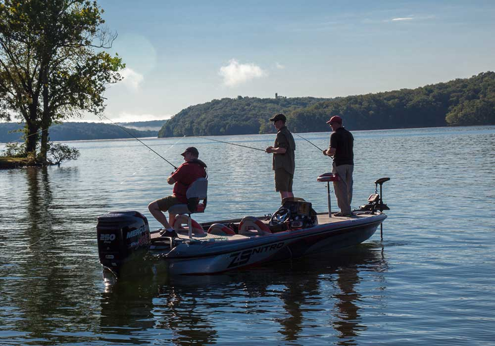 Guides and Tips for Fishing Lake of the Ozarks Missouri